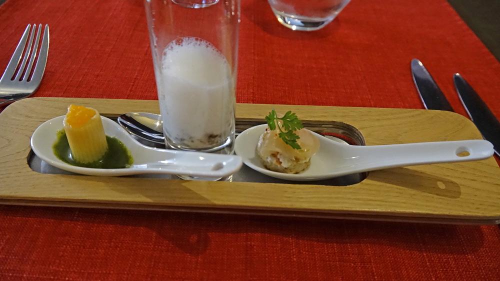 Brandade de loup - Pied bleu, mousse d'ail - Blinis de sarrasin, ceviche de truite