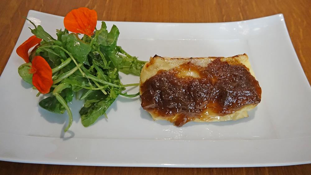 Brie rôti à la rhubarbe