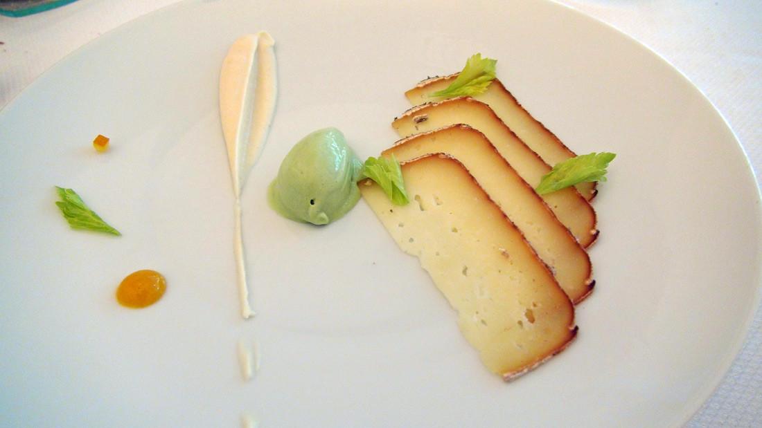 Fumaison (fromage auvergnat) et déclinaison sur le céleri rave