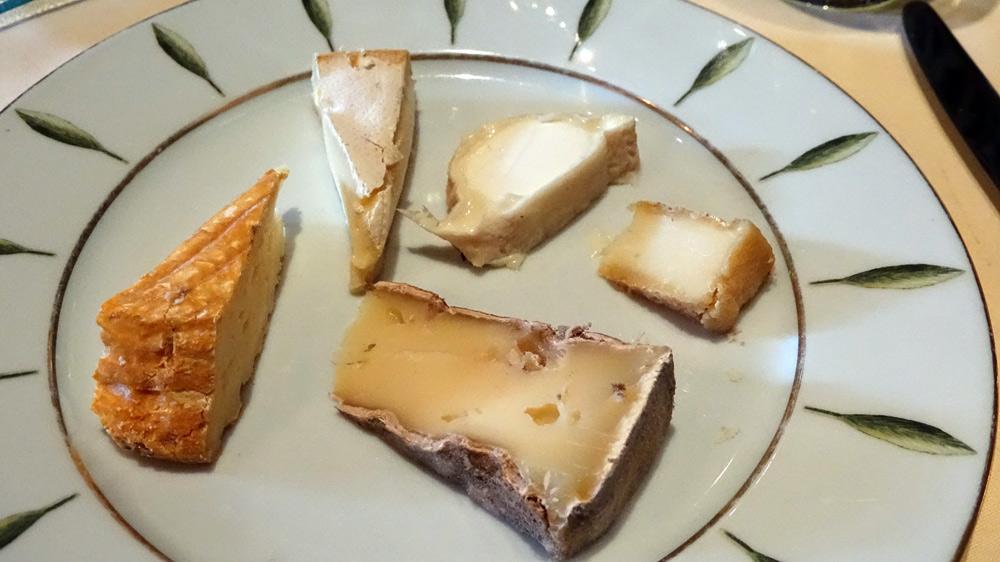 Mon choix : Livarot - Reblochon - Chèvre demi sec - Chèvre sec - Saint-Nectaire