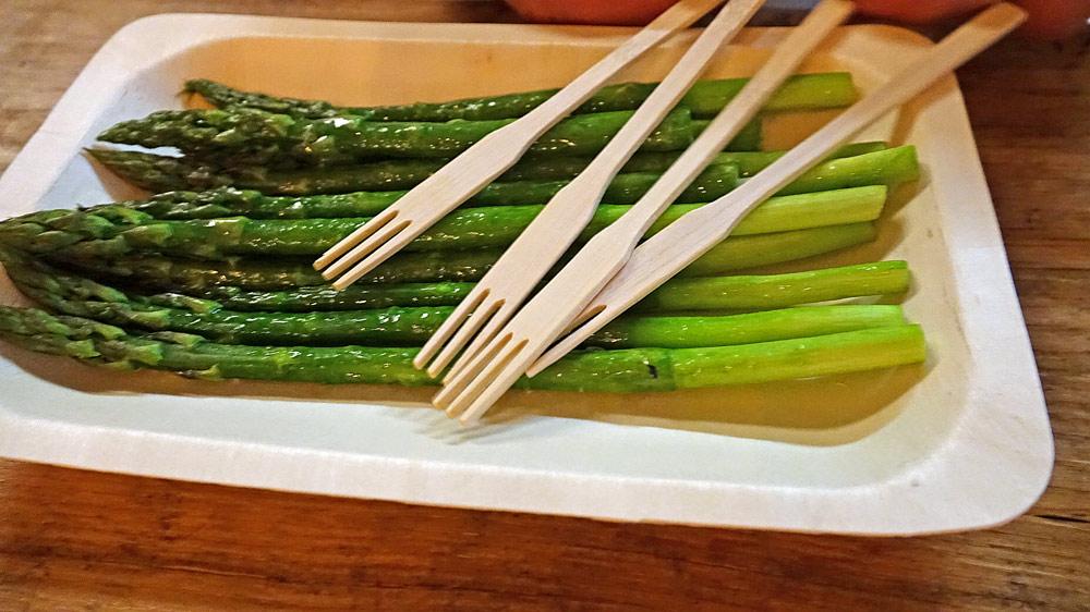 Quelques asperges vertes