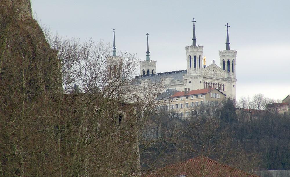 Balade sur la Saône : Fourvière et sa basilique