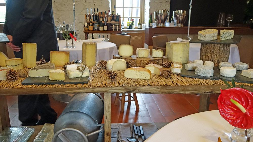 Le chariot aux 25 fromages différents