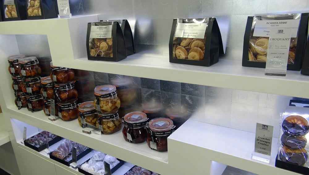 Croquants aux amandes et vanille bourbon - Mini crêpes au Grand-Marnier - Oranges confies ...