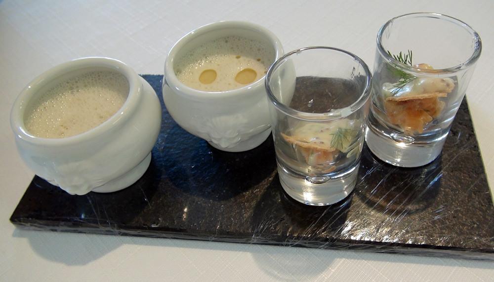 Les patiences : Velouté de haricots blancs à l'huile de truffe & le Tartare de saumon sauce moutarde à l'aneth