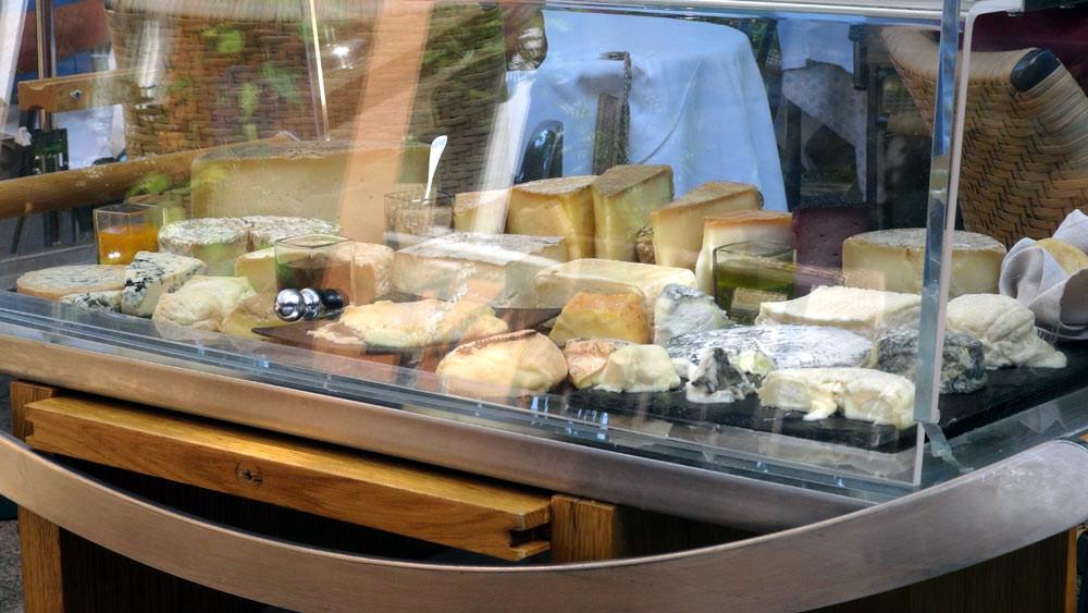 Le plateau des fromages locaux