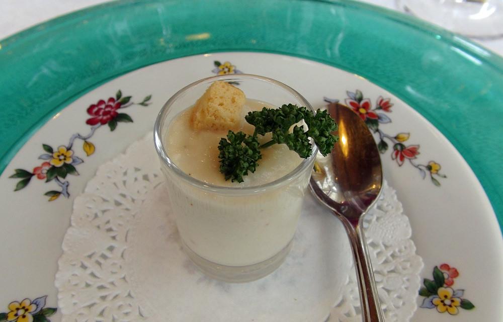 Amuse-bouche : Crème de chou-fleur