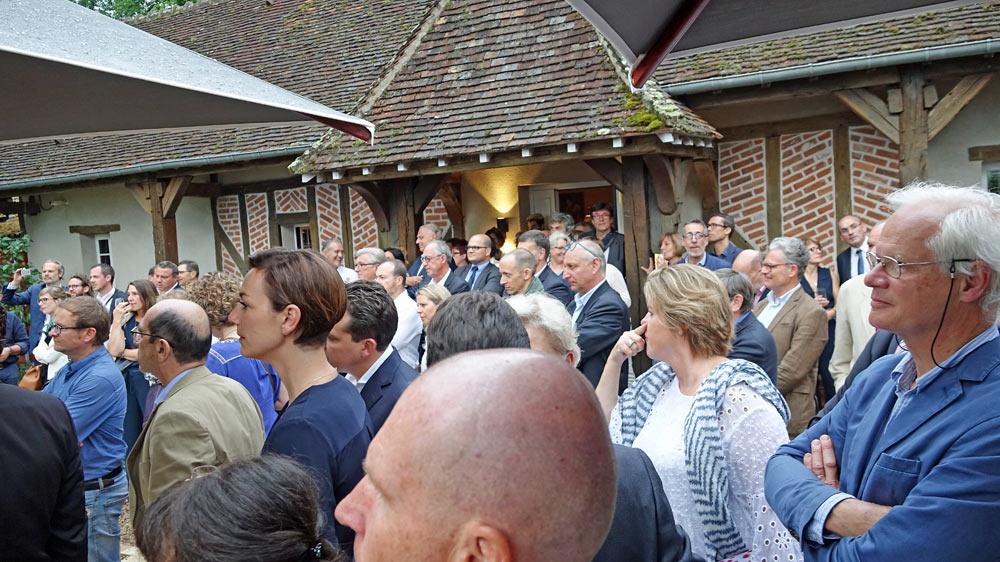 Les invités écoutent JF Cartier