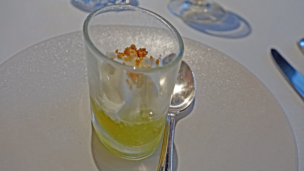 Gelée de menthe et espuma à la bergamote