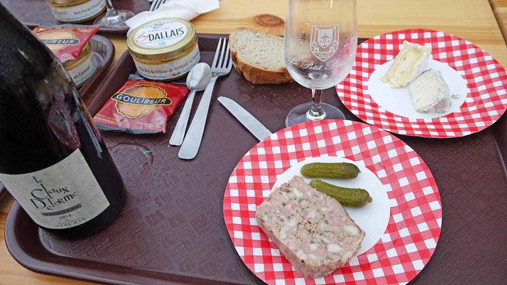 Il ne manque plus que la viande et la purée pour tenir compagnie au Valençay rouge 2013 de Minchin