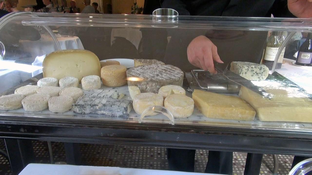 Le chariot de fromages du Rouergue