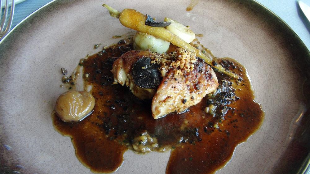 Ris de veau piqué à la truffe, sauce Périgueux