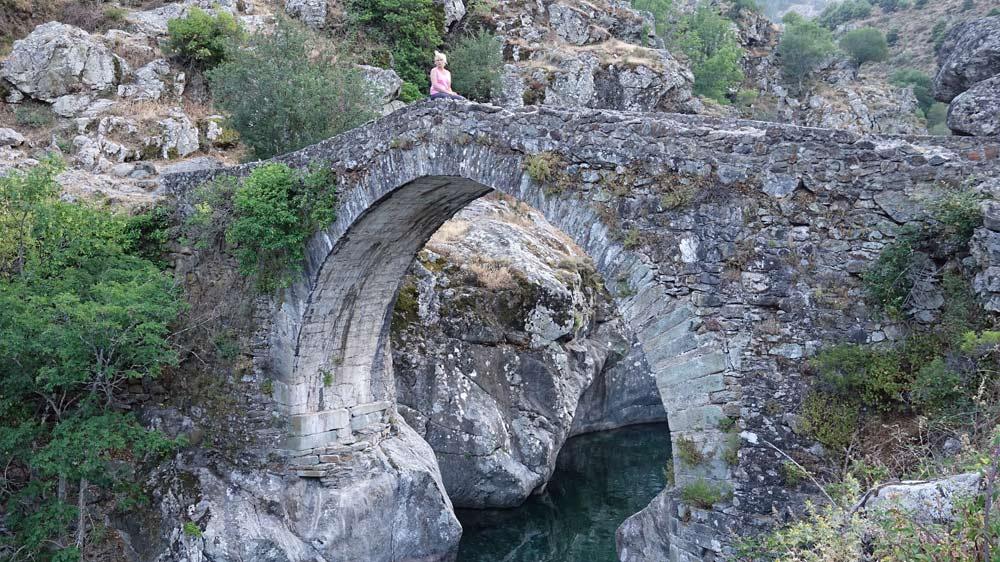 Pont génois près d'Asco