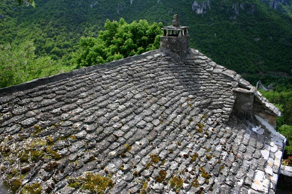 Un toit de vraies lauzes