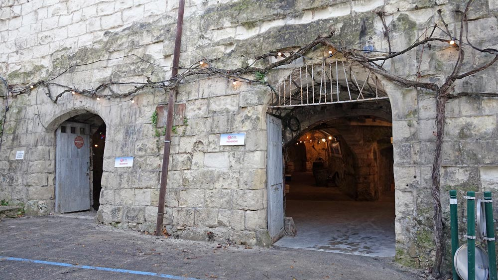 Cave Mouzay ?