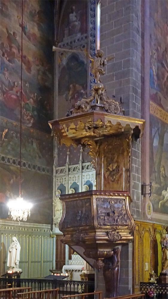 La chaire de la cathédrale Saint-Jean-Baptiste
