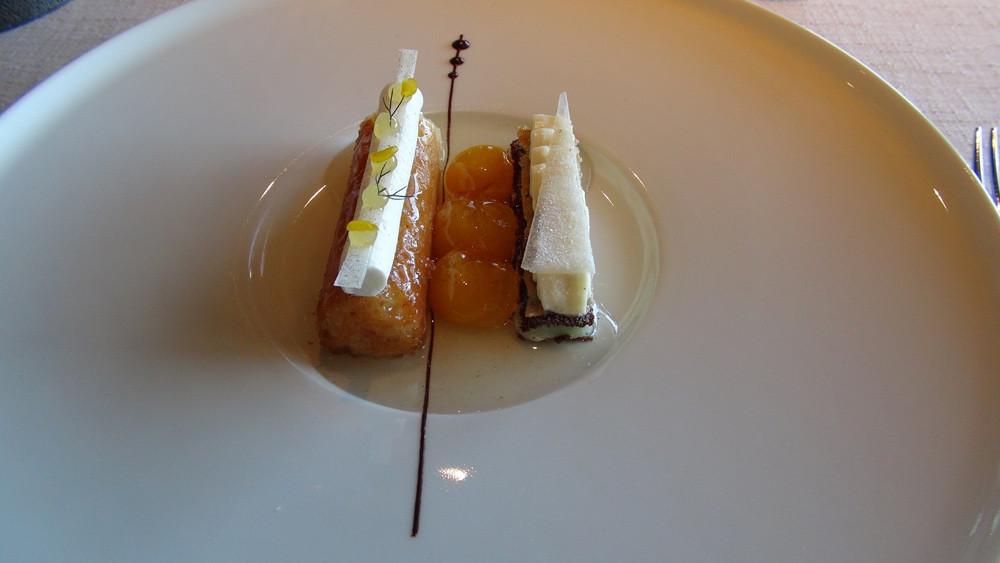 Baba au sirop de mirabelle, millefeuille glacé verveine et crème citron