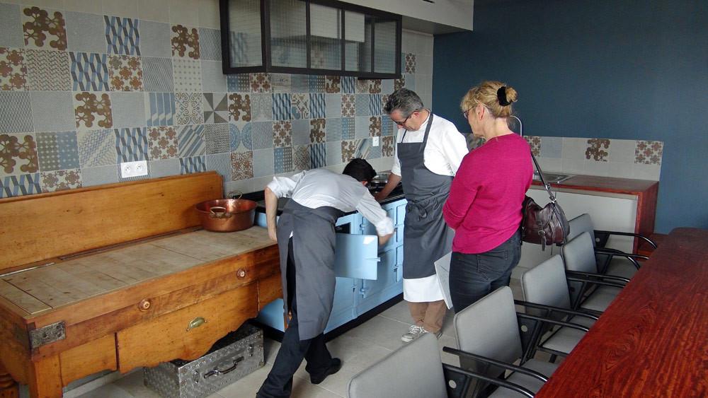 """Jean-Yves Guého nous présente sa """"cuisine du sous-sol"""""""