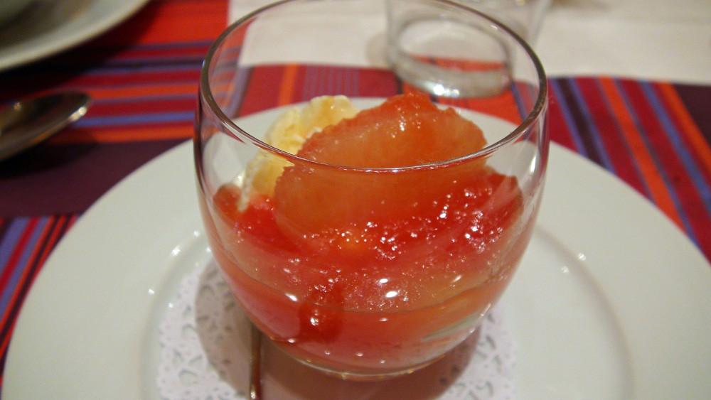 Gentiane glacée, pamplemousse rose et gelée de Campari