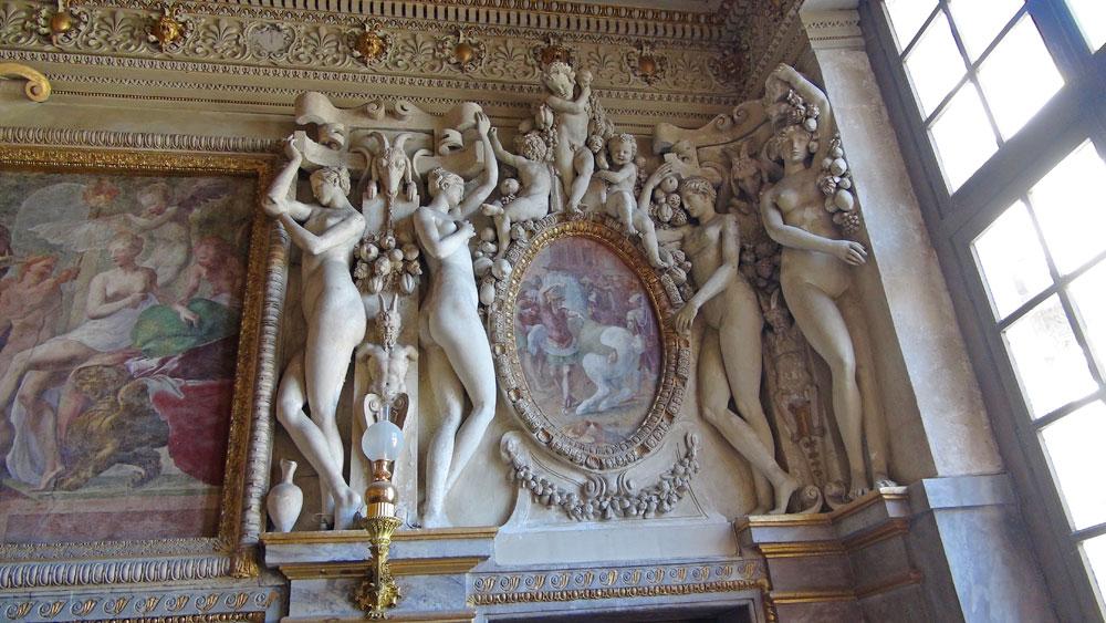 Décor de la chambre de la duchesse d'Étampes