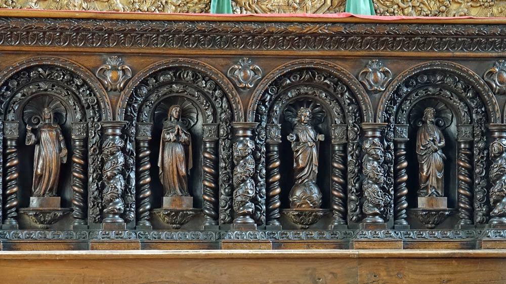 Statuettes en chêne sombre (1864) - Anne, Marie, Jésus, Joseph, Joachim et Moïse