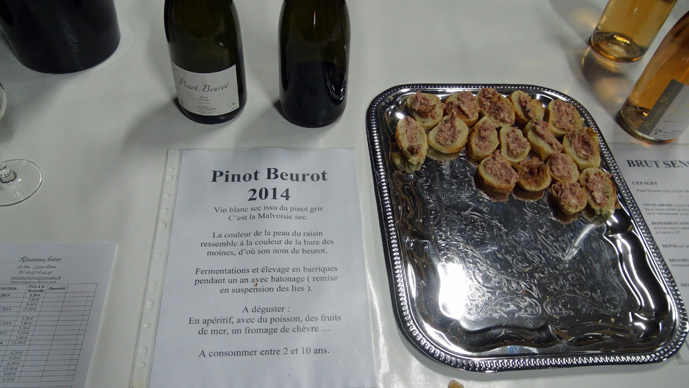 Pinot beurot 2014 et les petits toasts d'accueil
