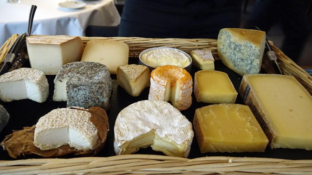 Le plateau de 15 fromages en provenance de la Kérouzine de à Vannes