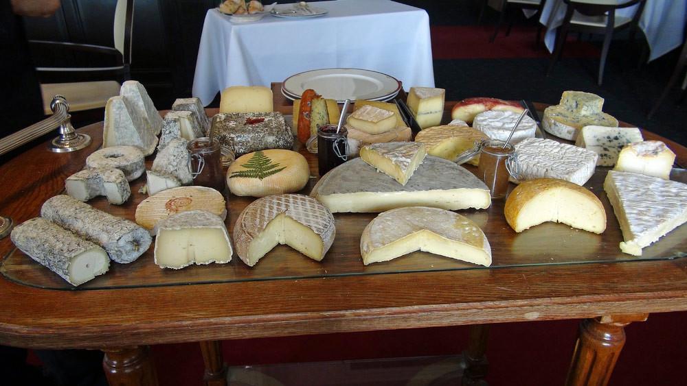 Le fabuleux plateau de 28 fromages