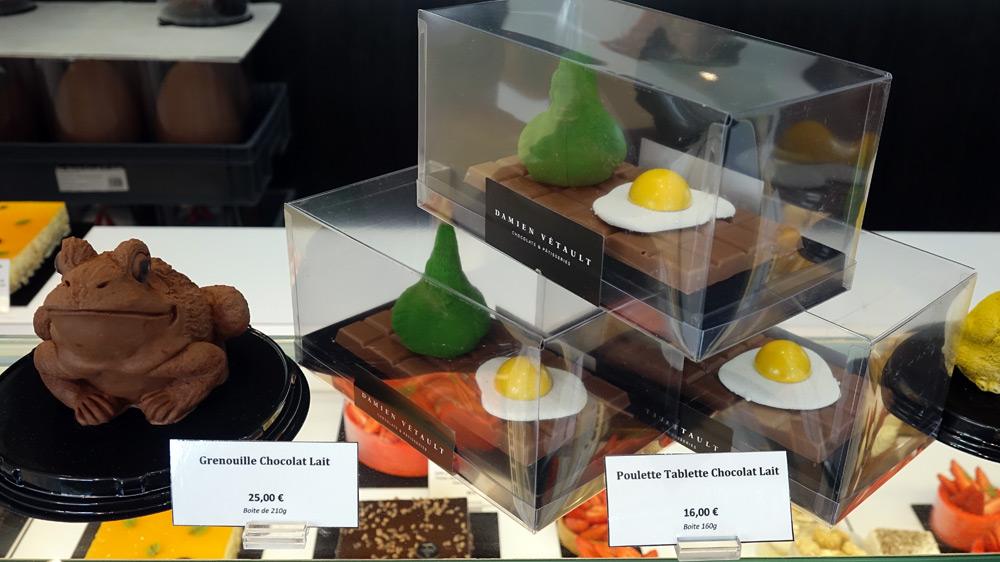 Sujets de Pâques : Grenouille  et Poulette au chocolat au lait