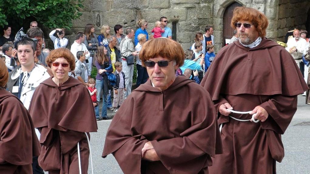 Défilé depuis les tours Broërec'h - Les Moines Saboteurs - 29/07/12