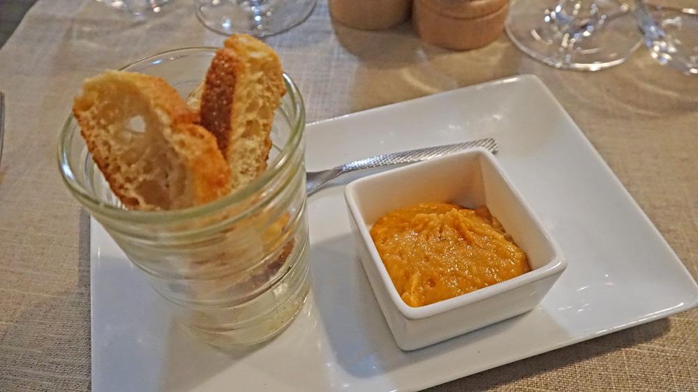 Mise en bouche : Mogette de Vendée et paprika fumé