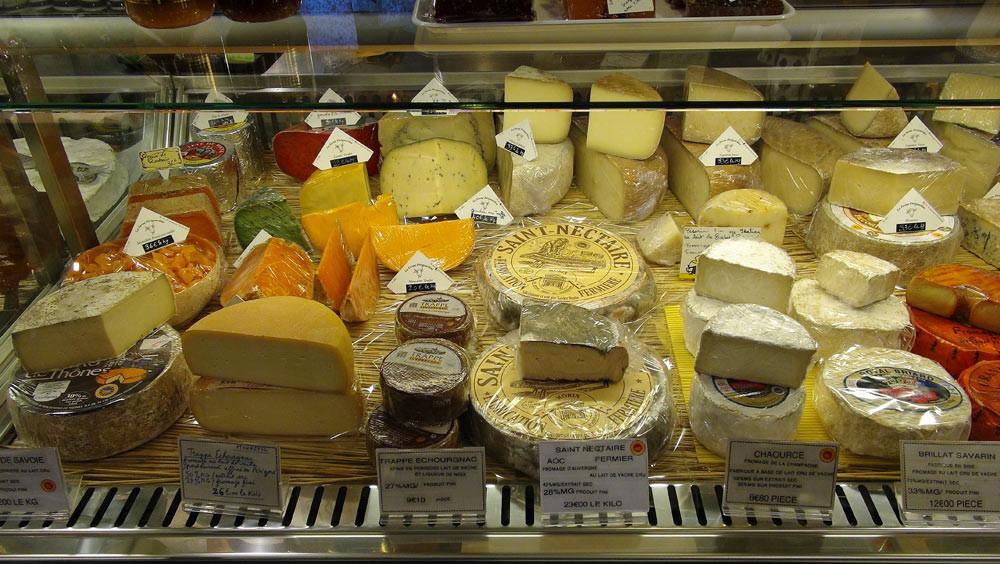 Gouda, Trappe d'Echourgnac, Saint-Nectaire, Brillat-Savarin, Chaource, Grand Murol ... lait cru et lait pasteurisé