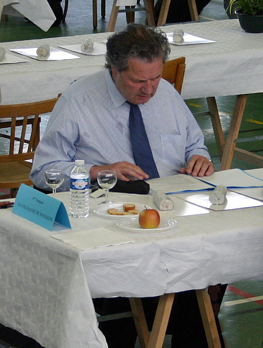 Philippe Olivier à la dégustation des Sainte-Maure de Touraine - 6 juin 2010
