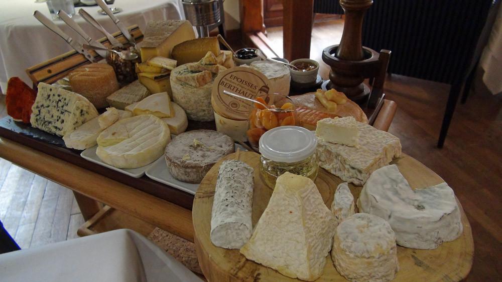 Chariot de fromages affinés de nos régions