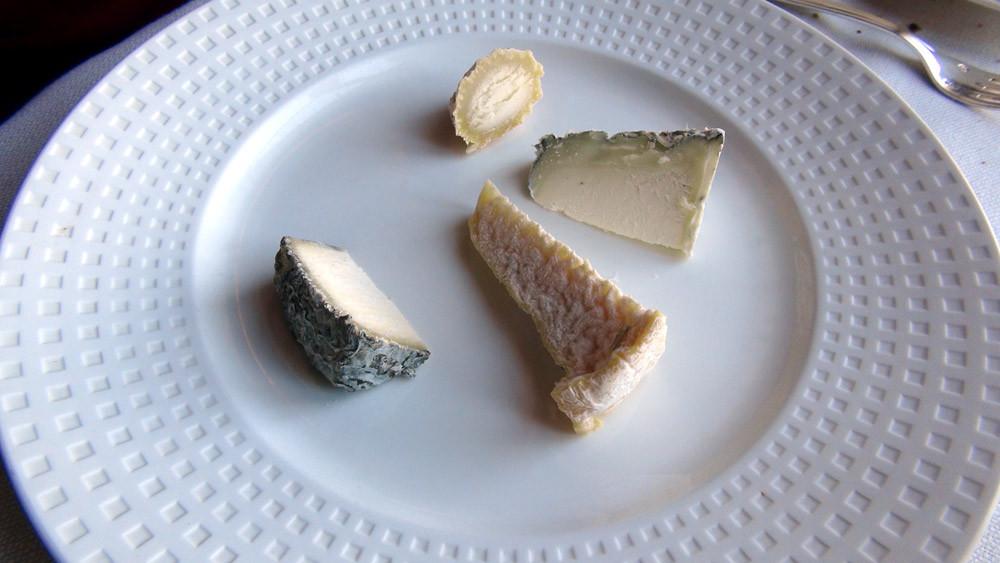 Assiette de fromages de chèvre