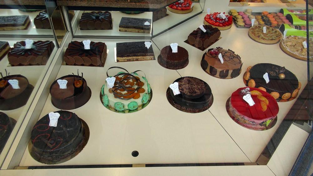 Les gros gâteaux (vus de l'extérieur)