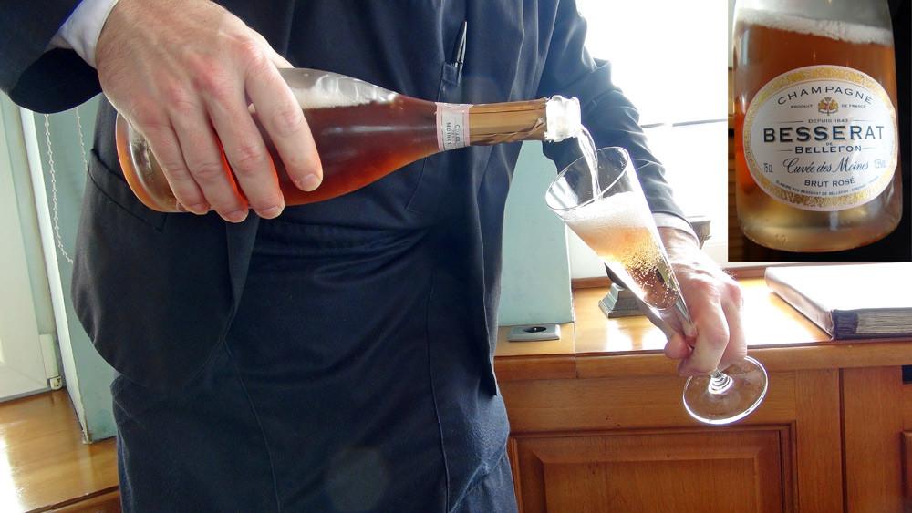 Apéritif au Champagne rosé