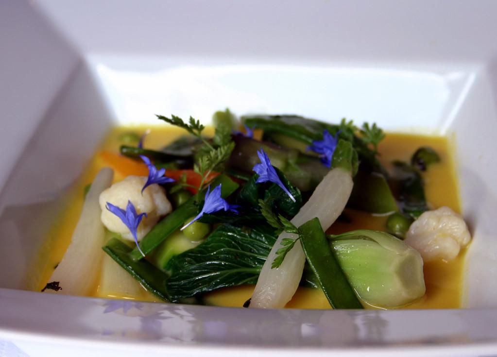 Bouillon d'agrumes à la citronnelle