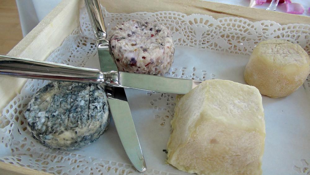 Plateau de fromages ... sans le Chabichou du Poitou !