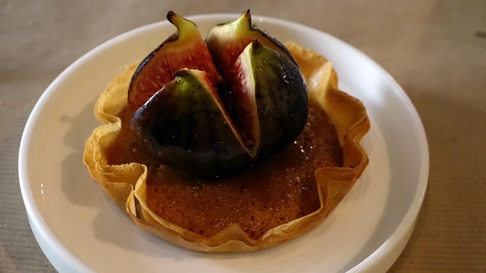 Tartelette à la crème d'amandes etfigue rôtie