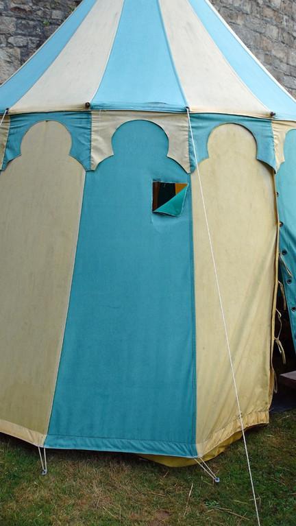 Les dégâts sur la tente