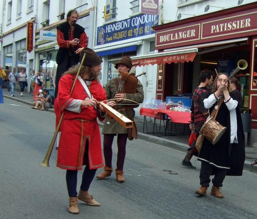 Défilé rue Trottier - 28/07/12