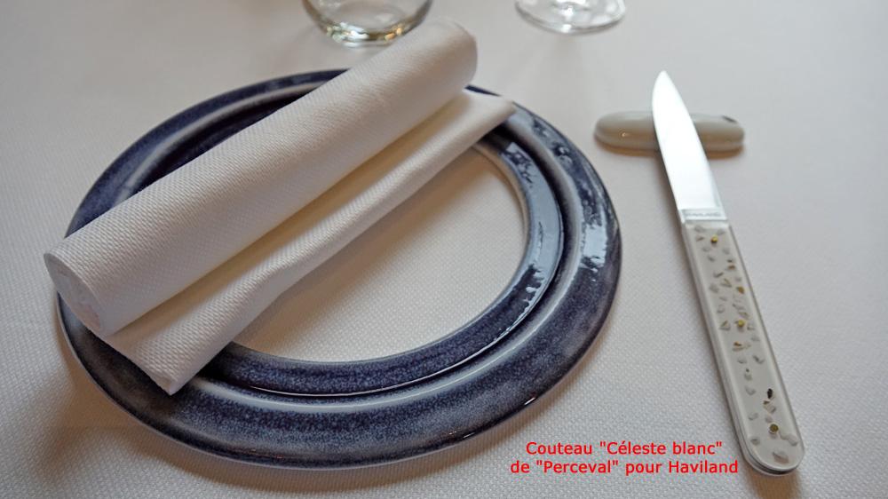 Assiette de présentation et son couteau
