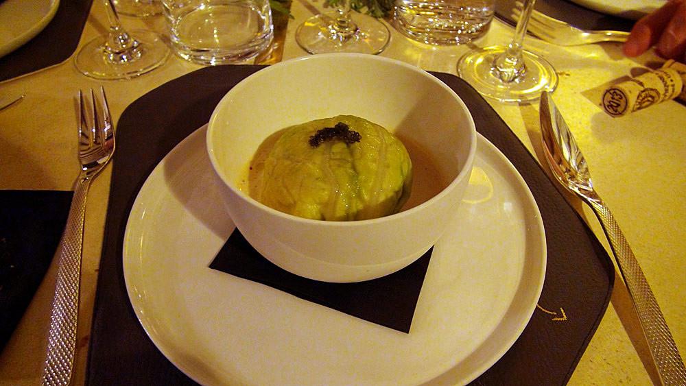 Chou farci de langoustine, chou pointu, farce de brochet, langoustine bretonne (Eric Reithler)
