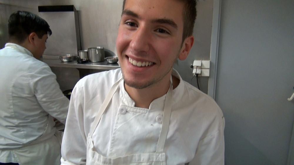 Lucas, cuisinier stagiaire