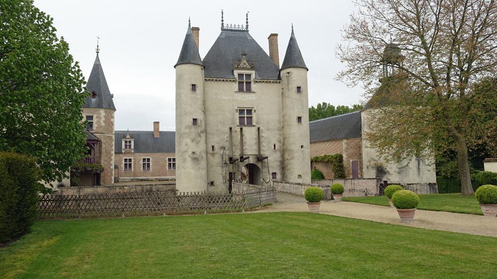 Le château de Chamerolles, côté intérieur
