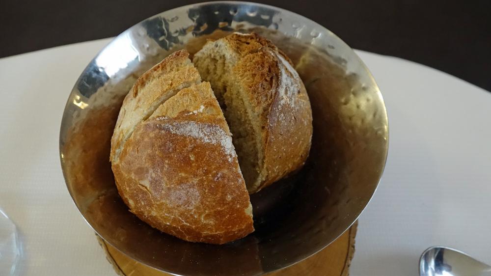 """Les excellents pains proposés sont pétris et cuits par la boulangerie """"Le pain du coin"""" à Guer"""
