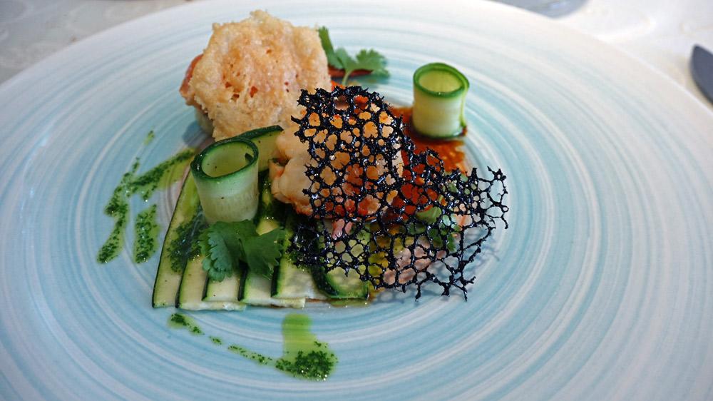 Homard, courgette et pomme de terre/parmesan