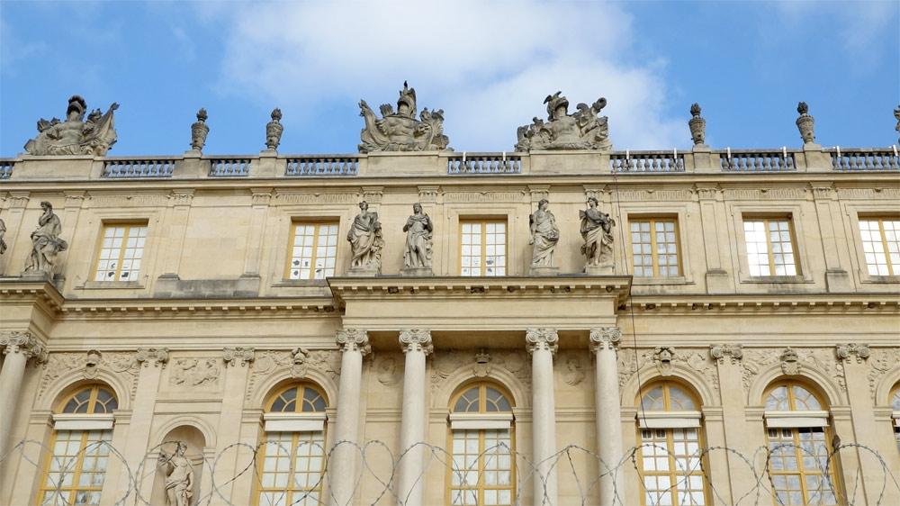 Façde latérale du château de Versailles pratiquement restaurée