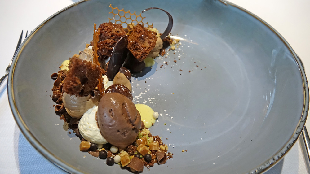 «Tout» chocolat / « terre » de cacao / crème glacée & copeaux chocolat